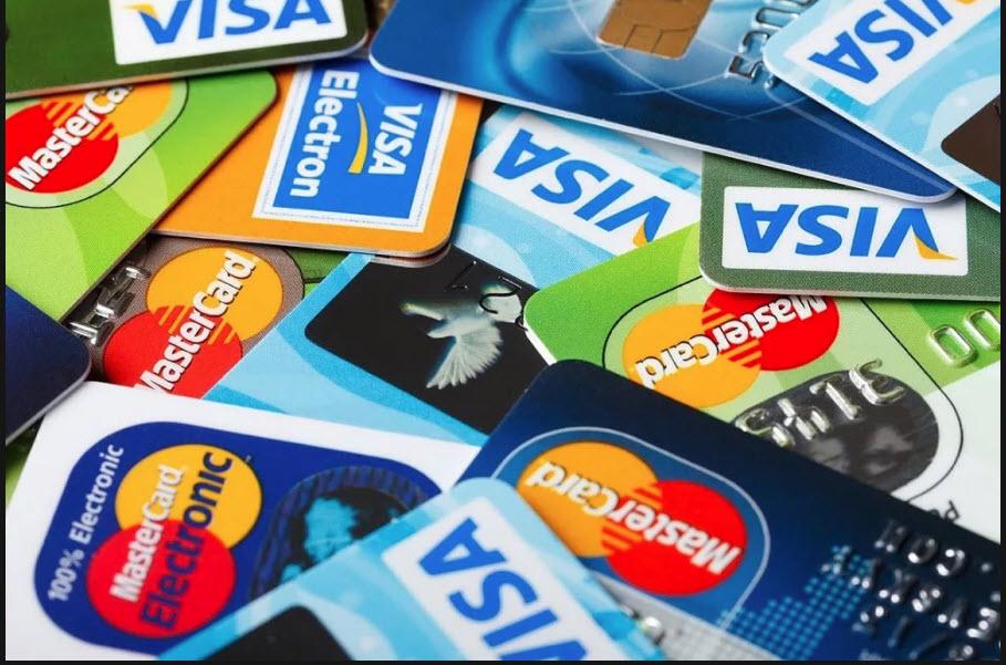 какую кредитную карту можно получить с 18 лет